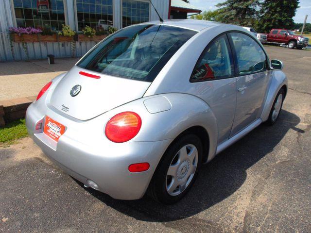 2001 Volkswagen New Beetle GLS Alexandria, Minnesota 4