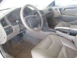 2001 Volvo V70 Gardena, California 4