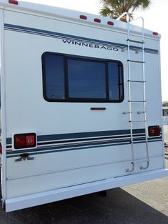 2001 Winnebago Minnie Winnie 31C   city Florida  RV World Inc  in Clearwater, Florida