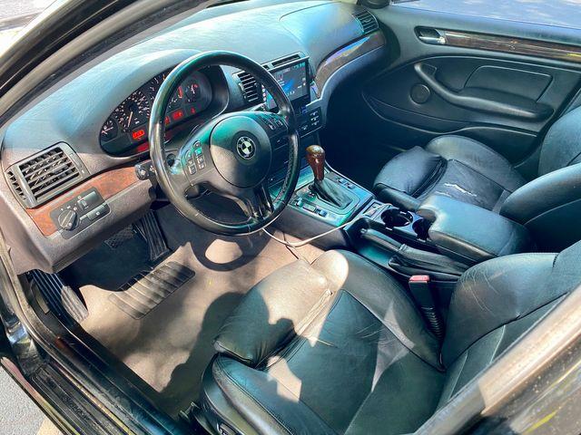 2002 BMW 325i PREMIUM PKG AUTOMATIC XENON NEW TIRES SERVICE RECORDS in Van Nuys, CA 91406