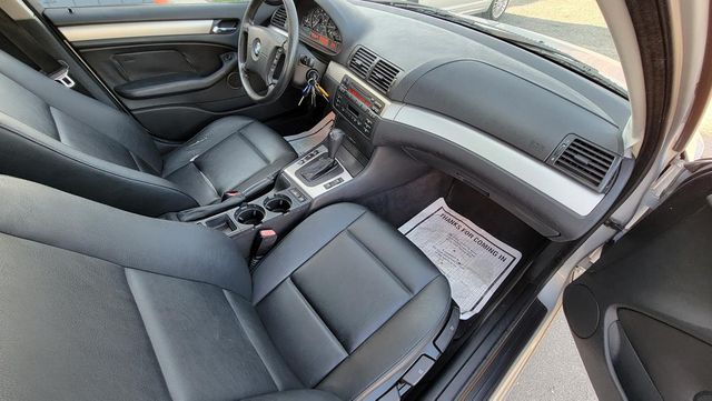 2002 BMW 325i Santa Clarita, CA 9