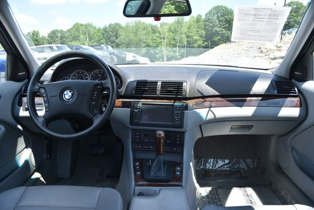 2002 BMW 330xi Naugatuck, Connecticut 16