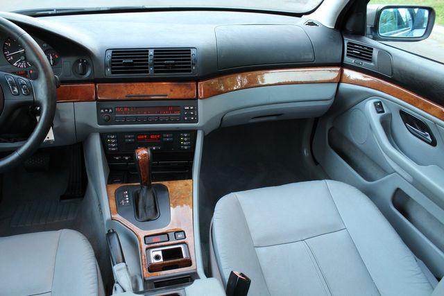 2002 BMW 530i SPORTS PKG 78K MLS 1-OWNER SERVICE RECORDS in Van Nuys, CA 91406