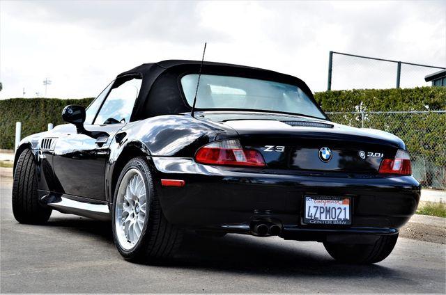 2002 BMW Z3 3.0i Reseda, CA 13