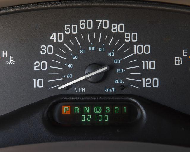 2002 Buick Century Custom Burbank, CA 18