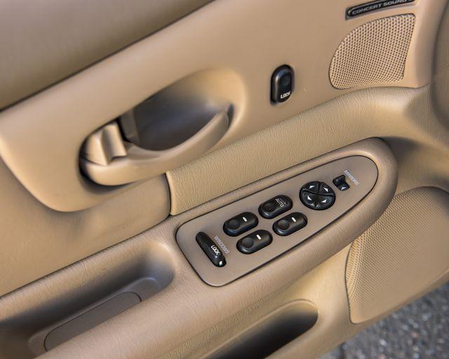 2002 Buick Century Custom Burbank, CA 16