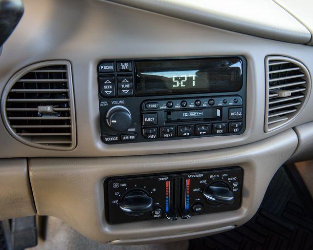 2002 Buick Century Custom Burbank, CA 21