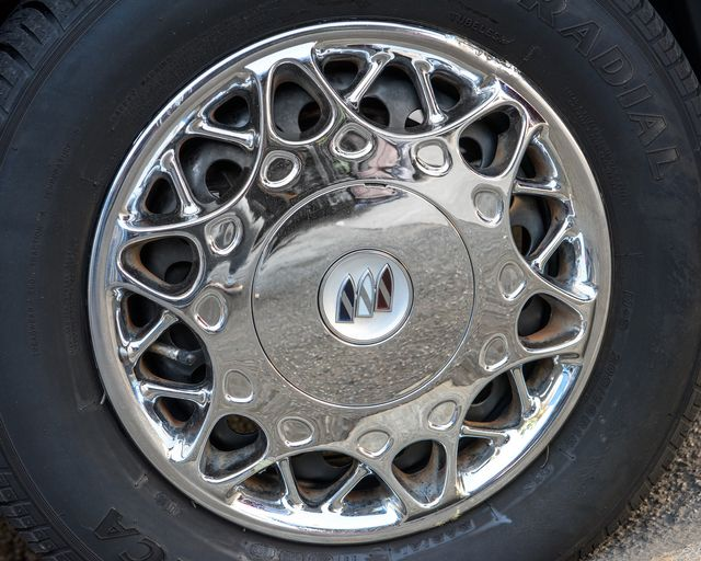 2002 Buick Century Custom Burbank, CA 23