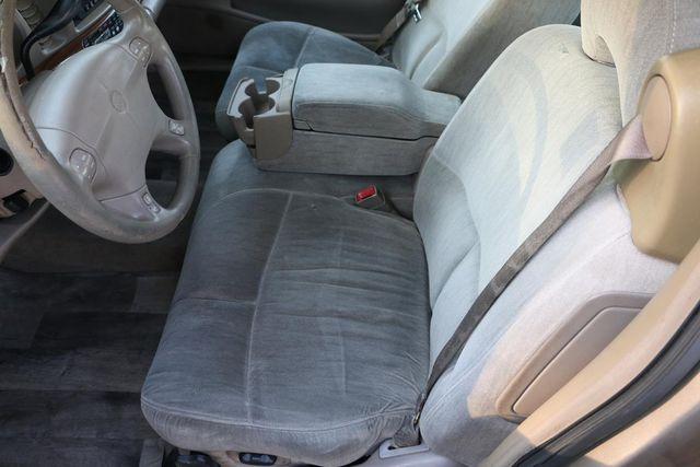 2002 Buick LeSabre Custom Santa Clarita, CA 13