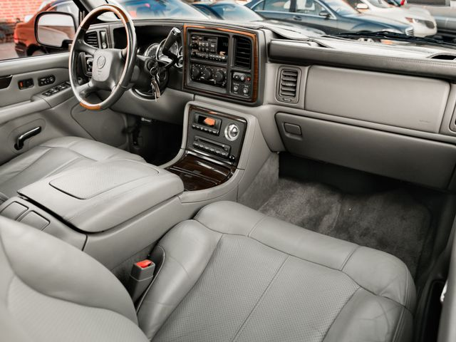 2002 Cadillac Escalade Burbank, CA 11