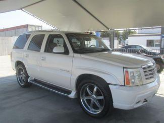 2002 Cadillac Escalade Gardena, California 3