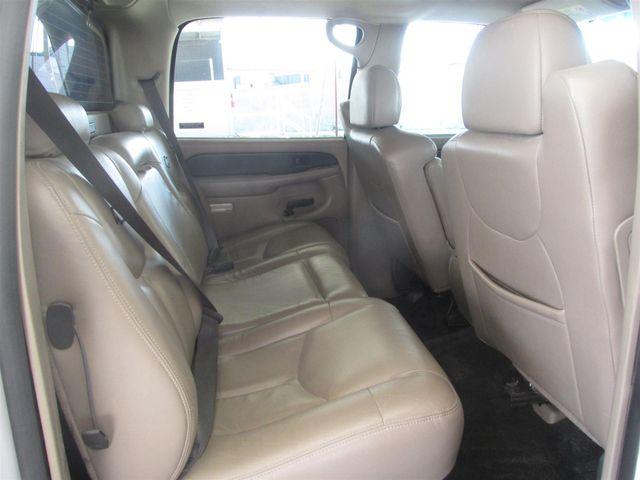 2002 Chevrolet Avalanche Gardena, California 11
