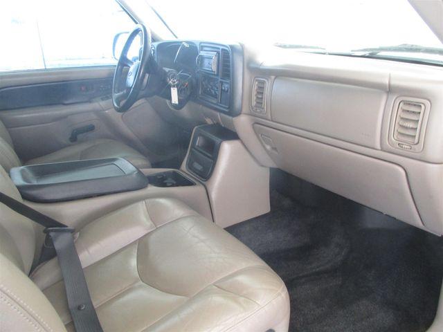 2002 Chevrolet Avalanche Gardena, California 8