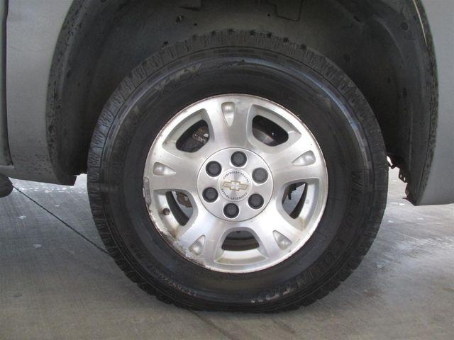 2002 Chevrolet Avalanche Gardena, California 13