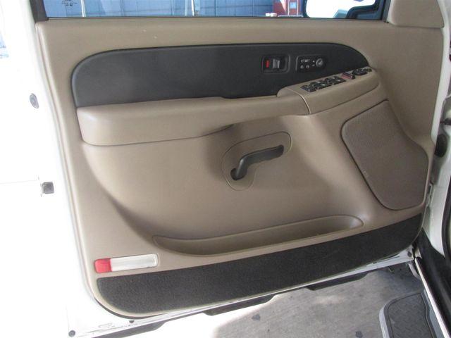 2002 Chevrolet Avalanche Gardena, California 7