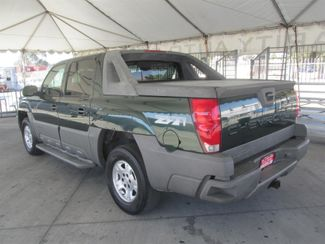 2002 Chevrolet Avalanche Gardena, California 1