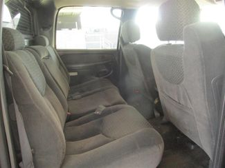 2002 Chevrolet Avalanche Gardena, California 11