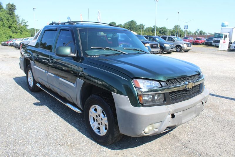 2002 Chevrolet Avalanche 1500  city MD  South County Public Auto Auction  in Harwood, MD