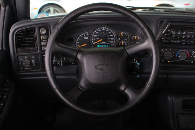 2002 Chevrolet Avalanche 2500 4X4 - 8.1L BIG BLOCK V8 - ONLY 93K MILES! Mooresville , NC 5