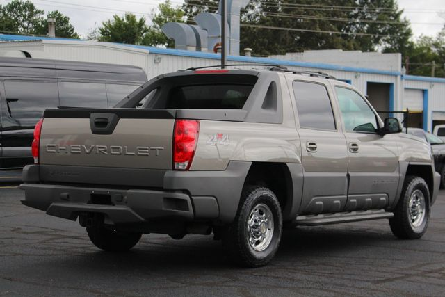 2002 Chevrolet Avalanche 2500 4X4 - 8.1L BIG BLOCK V8 - ONLY 93K MILES! Mooresville , NC 23