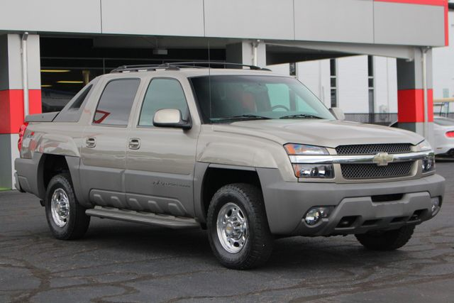 2002 Chevrolet Avalanche 2500 4X4 - 8.1L BIG BLOCK V8 - ONLY 93K MILES! Mooresville , NC 21