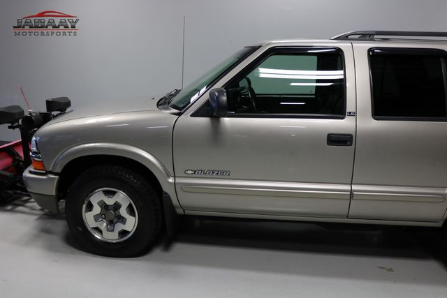 2002 Chevrolet Blazer w/ Plow LS Merrillville, Indiana 29