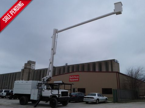 2002 Chevrolet C7500 61' ALTEC FORESTRY BUCKET TRUCK in Fort Worth, TX