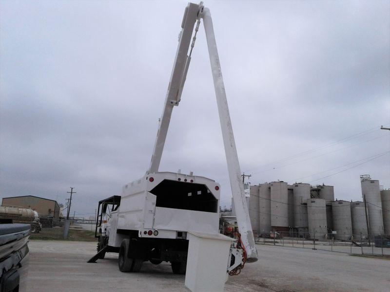 2002 Chevrolet C7500 61 ALTEC FORESTRY BUCKET TRUCK  city TX  North Texas Equipment  in Fort Worth, TX