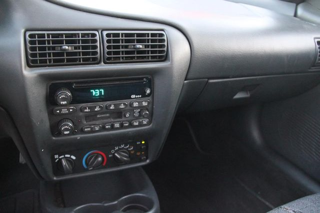 2002 Chevrolet Cavalier Santa Clarita, CA 17
