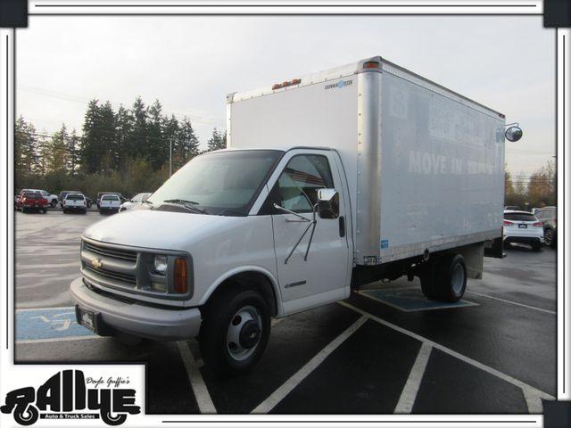 2002 Chevrolet Express Commercial Cutaway 14FT Box Van in Burlington WA, 98233