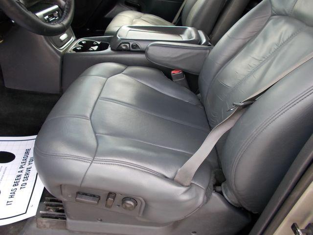 2002 Chevrolet Silverado 3500 LT Shelbyville, TN 24