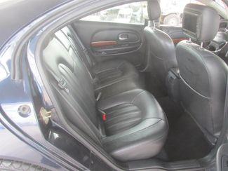 2002 Chrysler 300M Gardena, California 11