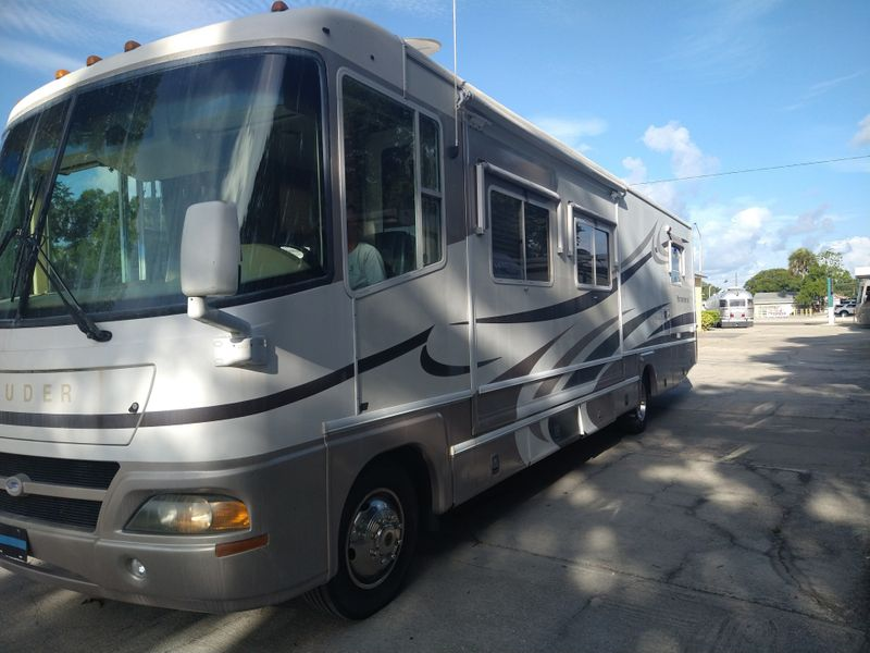 2002 Damon 369   city FL  Manatee RV  in Palmetto, FL