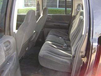 2002 Dodge Dakota SLT 4X4 CREW CAB  in Fort Pierce, FL