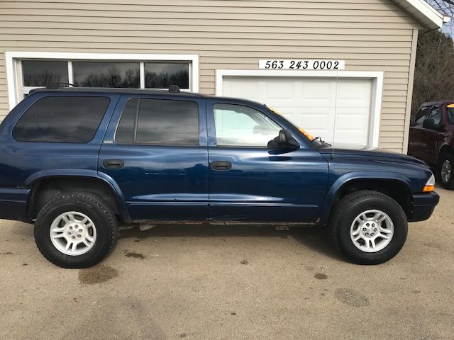 2002 Dodge Durango SLT in Clinton, IA 52732