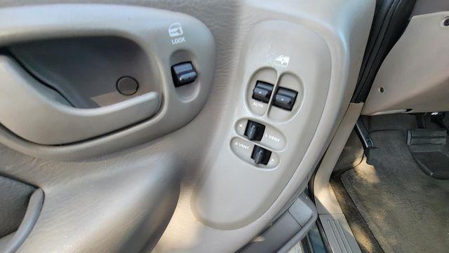 2002 Dodge Grand Caravan ES Santa Clarita, CA 27