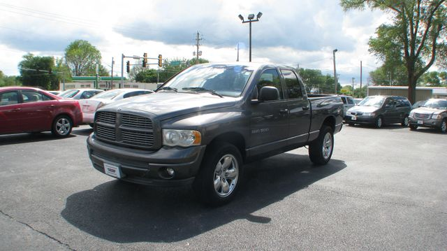 2002 Dodge Ram 1500 Quad Cab SLT in Coal Valley, IL 61240