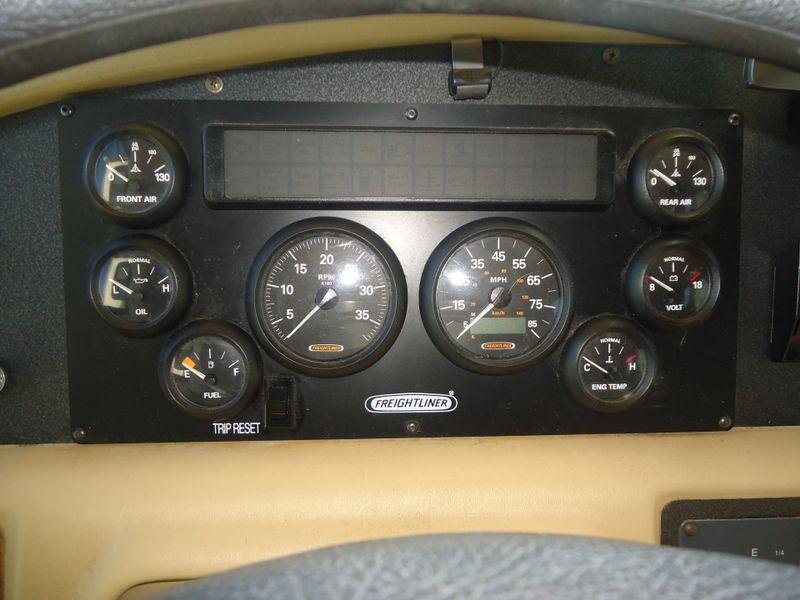2002 Fleetwood Bounder 39Z  in Sherwood, Ohio