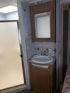 2002 Fleetwood Prowler LS 33 5F   city Florida  RV World Inc  in Clearwater, Florida