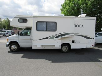2002 Fleetwood Tioga 23E  w/Slide Bend, Oregon 1