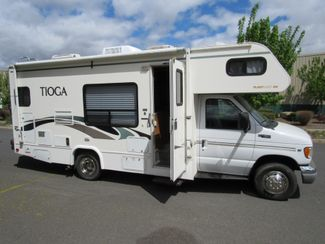 2002 Fleetwood Tioga 23E  w/Slide Bend, Oregon 3