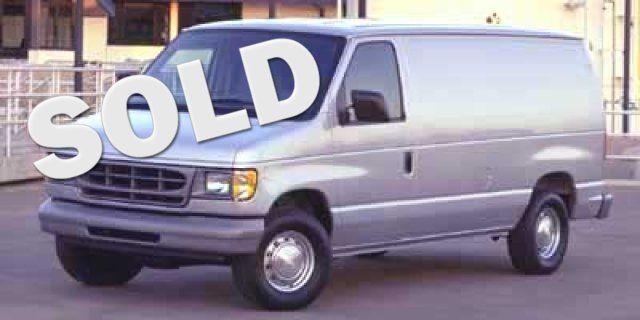 2002 Ford Econoline Cargo Van VAN E-150