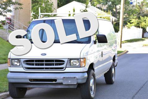 2002 Ford Econoline Cargo Van  in