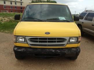 2002 Ford Econoline E150 Cleburne, Texas 1