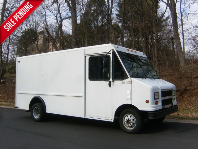 2002 Ford Econoline E-350 Step Van