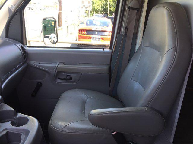 2002 Ford Econoline Commercial Cutaway E450 Super Duty Box in Boerne, Texas 78006