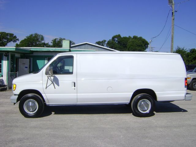 2002 Ford ECONOLINE E350 SUPER DUTY VAN