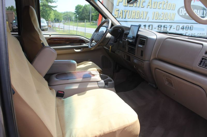 2002 Ford Excursion Limited  city MD  South County Public Auto Auction  in Harwood, MD