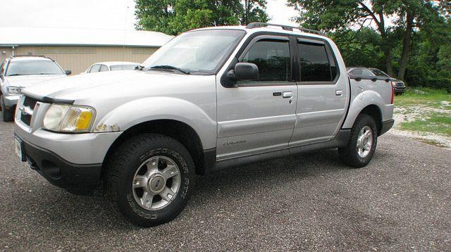 2002 Ford Explorer Sport Trac 4d SUV 4WD
