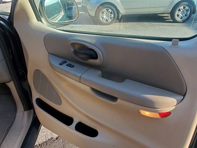 2002 Ford F-150 XLT in Alpharetta, GA 30004